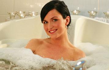 http://hotel-ambra.cz/uploads//images/wellness/wellness-koupele.png